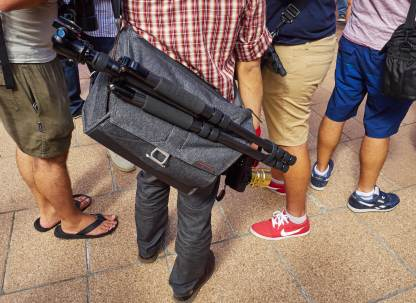 Peak Design Everyday Messenger 15 in Charcoal, seen at the People with Cameras event in Sydney's Hyde Park early this year. That day was notable for the strange light and odd colours, perhaps attributable to aerial pollution or bushfire-prevention back-burning.