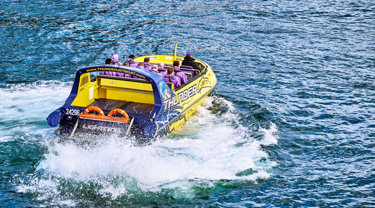 Story header image - jet boat on Sydney Harbour.