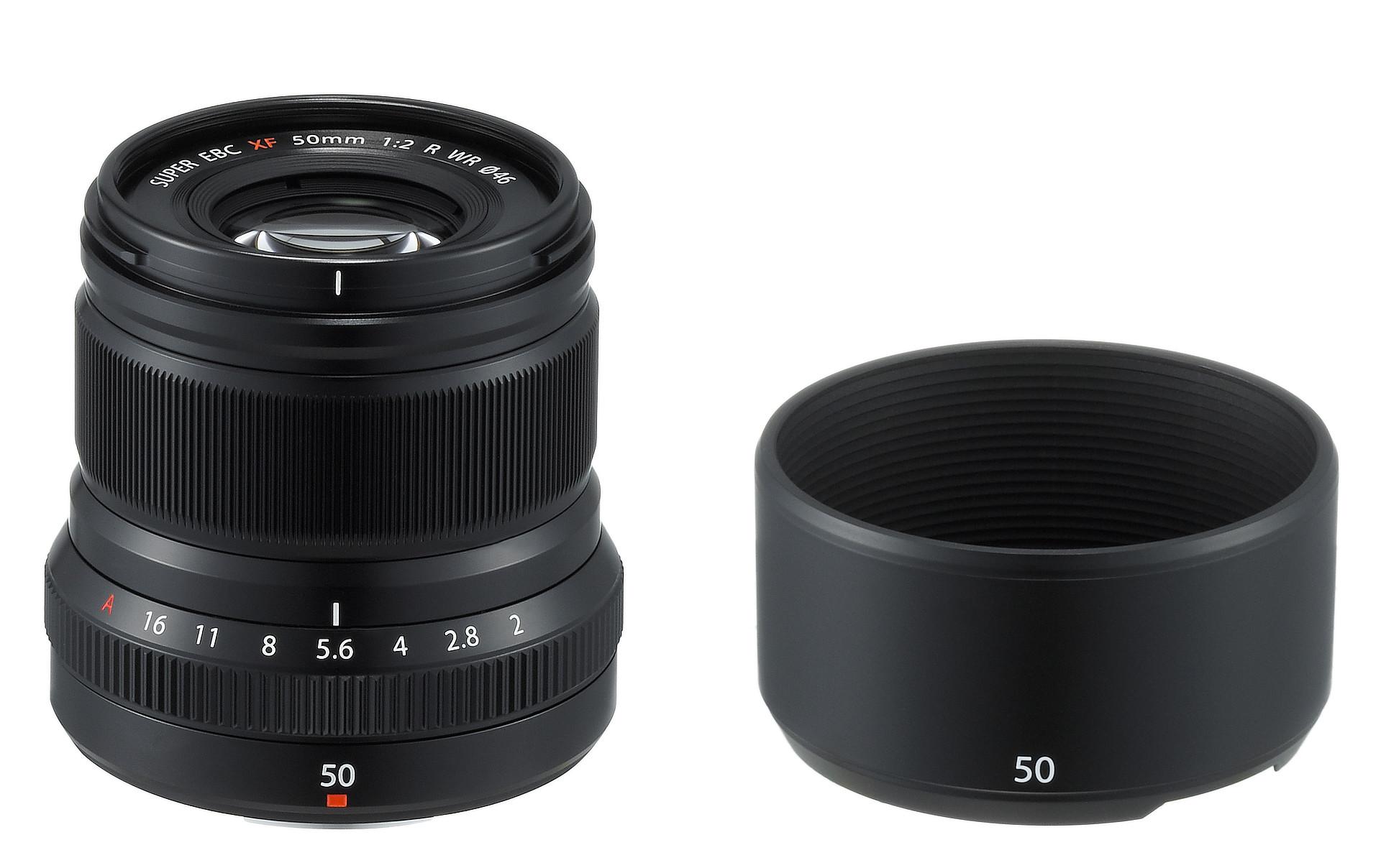 Fujinon Xf 18mm F 2 R Untitled Xf18mm 20 Lens Xf50mmf2 Wr Black Hood Oblique 02 1920px