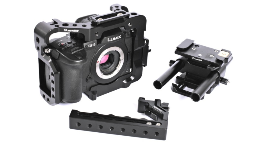 Seercam's Cube form-fitting GH5 camera cage with one-touch quick-release Classic Plus top handle, finger support handle and quick-release rod riser.