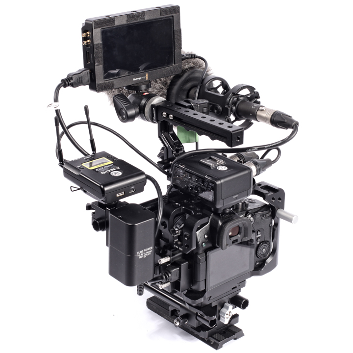 Seercam's Cube GH5 camera cage, Extension Kit for GH5, rod riser and Classic Plus Handle can accommodate some hefty camera rigs if need be. Alternatively, their Cube GH5 cage is lightweight yet protective enough for stripped-down rigs consisting of camera and lens only.