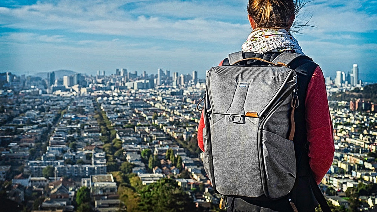Peak Design's Everyday Backpack Wins The Carryology Best Active Backpack Award – with REVIEW