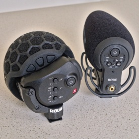Røde Stereo VideoMic X compared to the Røde VideoMic Pro+. The hardware interface of the VideoMic Pro+ is clearly a close evolutionary step from that of the Stereo VideoMic X. I rather like the circular arrangement of the VMP+ compared to the linear arrangement of the controls on the SVMX. It feels more logical and natural, motivated by the shape of the mic itself.