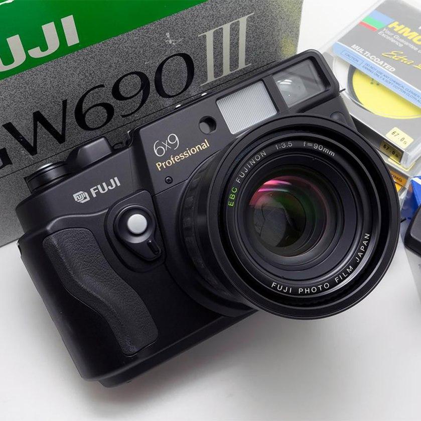 fuji_6x9_pro_japan_camera_hunter_1024px_60%