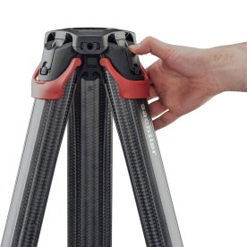 """flowtech comes with a hinge lock mechanism that gives camera operators ultimate versatility. With the ability to be used with or without a spreader. The hinge lock allows the flowtech 75 to be deployed as low as 26 cm (0.85 ft.) and as high as 153 cm (5.02 ft.) when used without a spreader. This effectively eliminates the need to bring a second set of baby legs to each shoot."""