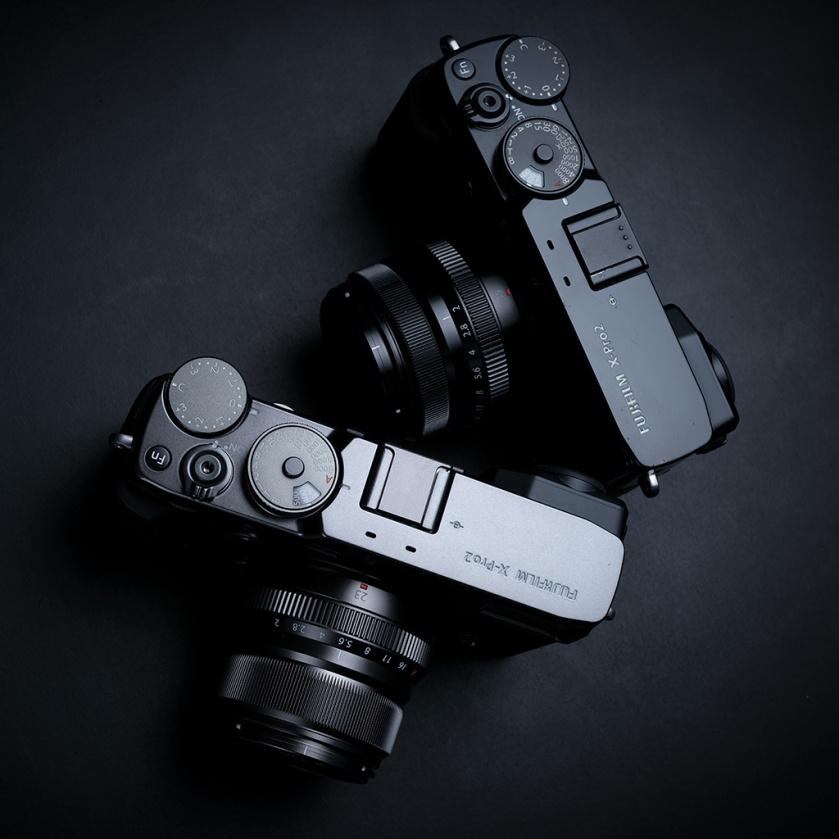 fujifilm_x-pro2_black_graphite_square_01_1024px_80pc