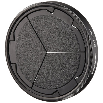 Panasonic DMW-LFAC1 Auto Lens Cap permits leaves enough space in front of the lens for filters.