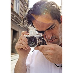 Photojournalist Thomas Dworzak of Magnum Photos using Panasonic Lumix DMC-GX7.