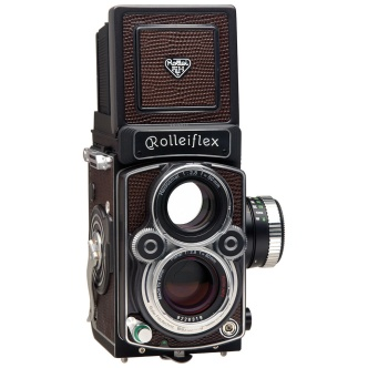 Rollei Rolleiflex 2.8 FX Medium Format Twin Lens Reflex Camera with 80 mm Planar f/2.8 HFT lens, now no longer in production.