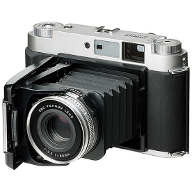 fujifilm_gf670_folding_rangefinder_camera_01_1024px_80pc