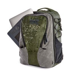 morallytoxic_backpack_medium_emerald_details_19_1024px